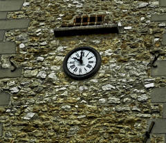 001 clock (jasminepeters019) Tags: clock europe time clocktower timepiece europetrip ticktock 100shoot