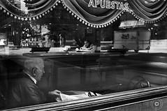 MAANA DE PERIODICO (cabite30) Tags: old white man black men blanco fuji y negro fujifilm cafeteria santander cantabria reflejos seor escaparate cabite fujix100