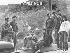 "Proud Caltech students proudly pose in front of the altered ""Hollywood"" sign in the hills of Los Angeles (May 18, 1987). [800  601] #HistoryPorn #history #retro http://ift.tt/20sfKsS (Histolines) Tags: history students sign proud altered pose los angeles 1987 may front retro hills hollywood timeline 18 800 caltech proudly 601  vinatage historyporn histolines httpifttt20sfkss"