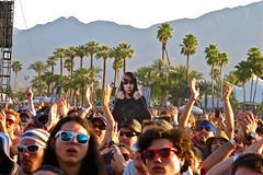 IMG_0047 Your Boyfriend in the Crowd During The Hives at Coachella 2012, Day 3 - Weekend 2 (ivankay) Tags: boyfriend coachella thehives empirepolofields goldenvoice coachella2012 ivankay justinbeiber
