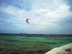 "Kitesurfing en San Andrés • <a style=""font-size:0.8em;"" href=""http://www.flickr.com/photos/78328875@N05/7024005169/"" target=""_blank"">View on Flickr</a>"