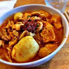 Laksa lemak at Sue'z Delights (ultrakml) Tags: cameraphone food lunch clayton australia melbourne curry victoria malaysian laksa lemak iphone suez iphone4 iphoneography cameraplus