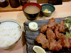 Deep-fried chicken lunch set from Kuchan @ Ichigaya (Fuyuhiko) Tags: from chicken set lunch tokyo    deepfried ichigaya     kuchan