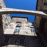 "Building in Perugia <a style=""margin-left:10px; font-size:0.8em;"" href=""http://www.flickr.com/photos/14315427@N00/7511963022/"" target=""_blank"">@flickr</a>"