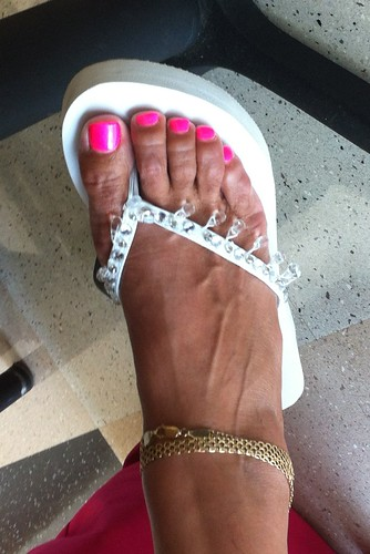 Sexy mature feet impossible