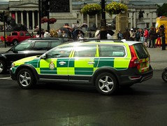 LAS 7865 (kenjonbro) Tags: uk england london westminster volvo trafalgarsquare s ambulance vehicle service paramedic rapid charingcross awd d5 response sw1 rru unit 2011 xc70 7865 rrv kenjonbro fujifilmfinepixhs10 fujihs10 lx11aee
