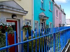 howth homes (glasnevinz) Tags: ireland houses howth dublin bluefence binnadair