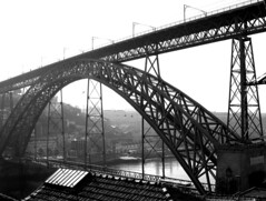 Ponte de D. Lus, Porto, Portugal, Europe (Joao.Pires) Tags: travel bridge portugal ponte most porto pont dluis gustaveeiffel domlusbridge thophileseyrig