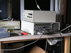 P1017124 (ipv7net) Tags: hp tape motorola workstation unix hewlettpackard retrocomputing 68040 hpux m68k hpib hp385 hp300 9144a
