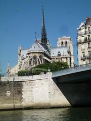 Notre Dame viewed from le Saint-Louis, Paris (John Steedman) Tags: notredame lesaintlouis  france frankreich frankrijk francia parigi parijs