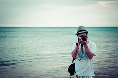 Davie (dyorex) Tags: ocean boy sea people beach asian person photographer chinese taiwan wave   kenting asianboy chineseboy