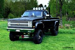 Chevy 1981. (Papa Razzi1) Tags: chevrolet truck spring diesel may pickup chevy 1981 cummins 2016 7227 146365 saloonhillbilly