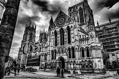 2016.05.23 (michaeljoakes) Tags: street york city uk people bw building church statue architecture mono blackwhite day afternoon cathedral noiretblanc yorkshire constantine 24mm yorkminster minster rainclouds romancolumn f180 iso6400 ef24105mmf4lisusm 1640s canoneos1dx