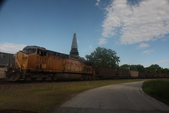 53466 (richiekennedy56) Tags: usa lawrence unitedstates kansas unionpacific ac44cw railphotos douglascountyks up7115 donballcurve