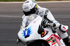 DSC_4570 John McGuinness - Team Mugen (PeaTJay) Tags: nikon tamron japanese classic sports racing motorcycles bikes bikers testdays trackdays castlecombe wiltshire outdoor motorcycleracing teammugen shinden honda