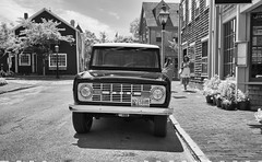 Ford Bronco 1966 (Chris Bainbridge1) Tags: massachusetts nantucketisland fordbronco1966