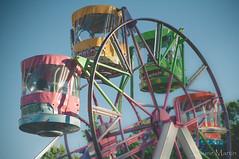 """""""37/365: tiempo de juego...""""#tiovivo #juego #barracas #nios #aire libre #despejado #feria (Josune Martin) Tags: feria nios juego tiovivo barracas airelibre cacharro despejado tiempolibre"""
