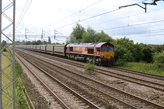 66207 @ Coppenhall (uksean13) Tags: canon cheshire diesel crewe class66 ef28135mmf3556isusm 66207