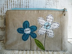 flowers (monaw2008) Tags: vintage spring handmade linen makeup jeans pouch zipper denim applique reused monaw monaw2008