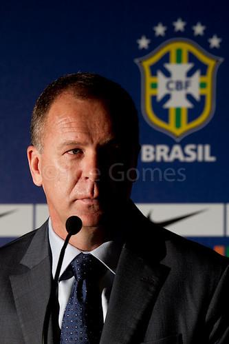 Convocacao da Selecao Brasileira de Futebol - 12/02/2012