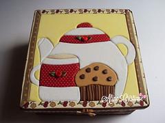 Caixa para chá (Line Artesanatos) Tags: caixa portachá caixaparachá patchworkembutido