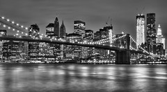 Brooklyn Bridge (A&M - Photography) Tags: new york city bridge white black brooklyn canon river eos lights skyscrapers manhattan east 7d brug wit stad wart rivier verlichting wolkenkrabbers lichten