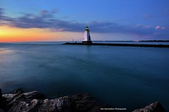 lighthouse (Rex Montalban) Tags: lighthouse nikon niagara portdalhousie d7000 rexmontalbanphotography
