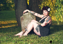 (Jennifer McCready Photography/Lady Luck Pin Ups) Tags: woman ontario hot colour cute sexy halloween church girl vintage fun skull sassy plate fork curvy retro tattoos polkadots horror redlips 50s playful pinup nylons grimsby jennifermccreadyphotography grimsbypinupphotographer ladyluckpinups jennifermccreadypinupphotographer dunnvillephotographystudio