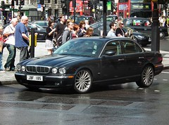 Jaguar Xj Sovereign Tdvi (kenjonbro) Tags: uk england westminster grey diesel trafalgarsquare 2006 jaguar charingcross twinturbo v6 sovereign sw1 xj x350 27l worldcars tdvi kenjonbro fujifilmfinepixhs10 fujihs10 jbf185 ajdv6