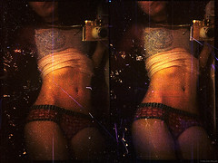 bling bling (pixelwelten) Tags: portrait art analog mediumformat kunst hamburg sensual nah analogue delicate intimate mittelformat nachhaltig rüdigerbeckmann beyondvanity jenseitsvoneitelkeit