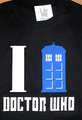 Remera Dr Who (Lady Krizia) Tags: cienciaficciónsciencefictiondrwhowhovianswhofandom estampadovinilotermoestampadowilwarinremeraremerastshirt