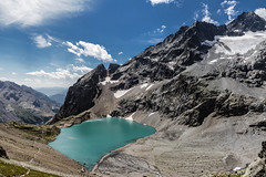 Lac de l'Eychauda vu du col des Grangettes (Michel Couprie) Tags: summer sky mountain lake france alps clouds montagne alpes canon eos lac glacier 7d col hautesalpes grangettes eychauda 100commentgroup yahoo:yourpictures=yoursummer