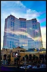 Sunset on Palazzo (Geo_grafics) Tags: vegas sunset usa color reflection building art america nikon nevada gimp sparkle photograph geo 702 photograghy geografics