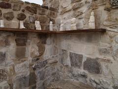 Estatuillas exterior del santuario (Rafael Jimnez) Tags: espaa archaeology spain crdoba 2012 arqueologa baena imperioromano romaantigua torreparedones aboutiberia