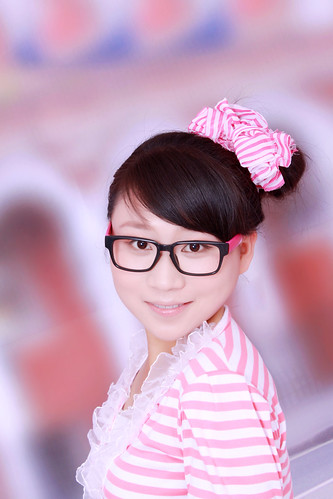 "大女儿 (14) • <a style=""font-size:0.8em;"" href=""http://www.flickr.com/photos/98420562@N07/13917975935/"" target=""_blank"">View on Flickr</a>"