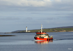 The Island Junior Approaching Stromness (orquil) Tags: uk greatbritain sea lighthouse reflection sunshine buildings island islands evening scotland boat seaside spring nice interesting orkney sailing harbour farm background shoreline scenic may sunny calm attractive tall colourful cloudscape underway approaching stromness workboat graemsay orcades hoyhigh islandjunior