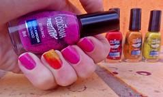 Desafio das sries  #13 (Rassa S. (:) Tags: pink red glitter laranja rosa preto vermelho amarelo nails nailpolish unhas nailart esmalte colorama naillacquer desafiodassries