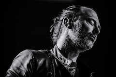 Niet in slaap vallen Thom (3FM) Tags: concert live thomyorke radiohead hmh 2016 3fm fotobartheemskerk