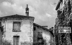 Ivy Patisserie monochrome (PDKImages) Tags: old windows france church monochrome beauty abbey architecture ginger curves bordeaux shutters balconies stemillion brantome