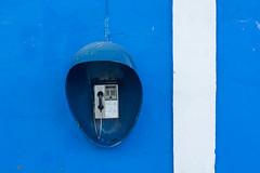 cuba style (Karl-Heinz Bitter) Tags: blue urban white abstract cuba blau telefon weiss cienfuegos telefonzelle kuba abstrakt 2016 khbitter karlheinzbitter