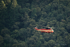 Copter 784 (trifeman) Tags: california summer canon fire july eldorado helicopter 7d firefighting tamron placer neu wildfire blm americanriver sikorsky 2016 usfs eldoradonationalforest enf aeu s61v1 61271 calfire sillerhelicoptersinc n45917 canon7dmarkii tamron150600mm trailheadfire