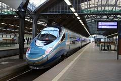 PKP, ED250-005 (Chris GBNL) Tags: train pkp pendolino pociag polskiekolejepaństwowe wrocławgłówny ed250 ed250005