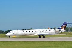 CRJ 700 (JHall1091) Tags: 700 takeoff crj bombardier