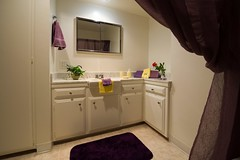 "RG-55 Bathroom • <a style=""font-size:0.8em;"" href=""http://www.flickr.com/photos/76147332@N05/6896717240/"" target=""_blank"">View on Flickr</a>"