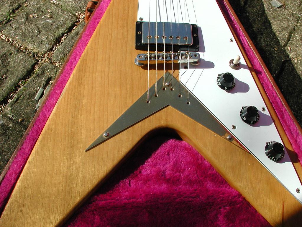 Gibson Flying V 1982 Heritage Guitar Vintage Amp Rare Tags