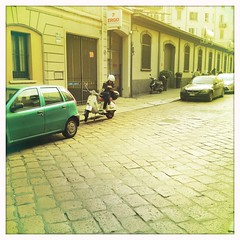 Milan - Someone in via Ludovico Murati (Simone Lovati) Tags: noflash hipstamatic jimmylens blankofilm
