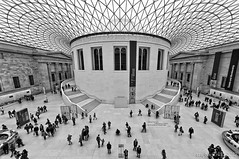 Set in midst of knowledge / British Museum / London (zzapback) Tags: city uk england urban london history robert museum de big rotterdam nikon fotografie stones united capital sigma kingdom bloomsbury knowledge bible british archeology 1224mm stad dg engeland 2012 londen brits tennyson assyrian voogd vormgeving montaguest grafische hsm hoofdstad koninkrijk verenigd d700 bergselaan liskwartier f45f56 zzapback zzapbacknl robdevoogd stayawakeenjoyyourday