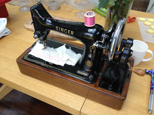 40s Archives Scrapiana Scrapiana Unique Singer Sewing Machine 99k Price