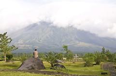 Mt. Mayon (Pugtastic!!) Tags: embarcadero mayon bicol legaspi cagsawa daraga legazpi albay lignonhill