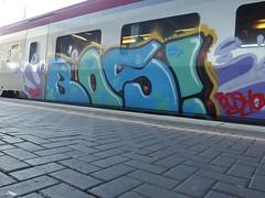 BOS (mkorsakov) Tags: blue green train graffiti zug colored grn blau bos hbf dortmund hansa bunt thalys